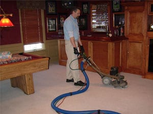 Technician-using-Rotary-Extractor-to-clean-carpet-in-Dunkirk-MD
